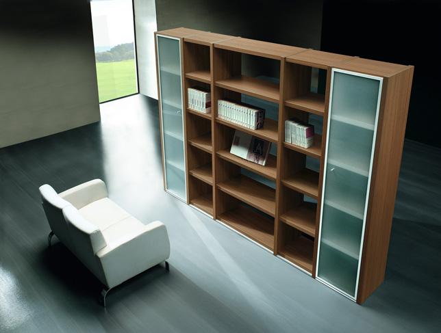 Librerie la vetrina verona for Arredamenti ufficio roma